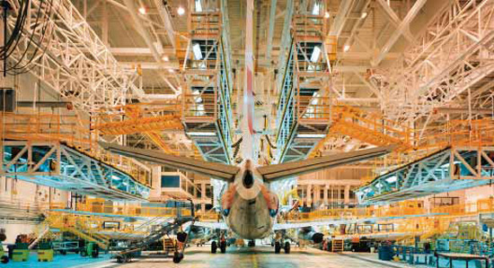 Aircraft-Hangar-maintenance-operations